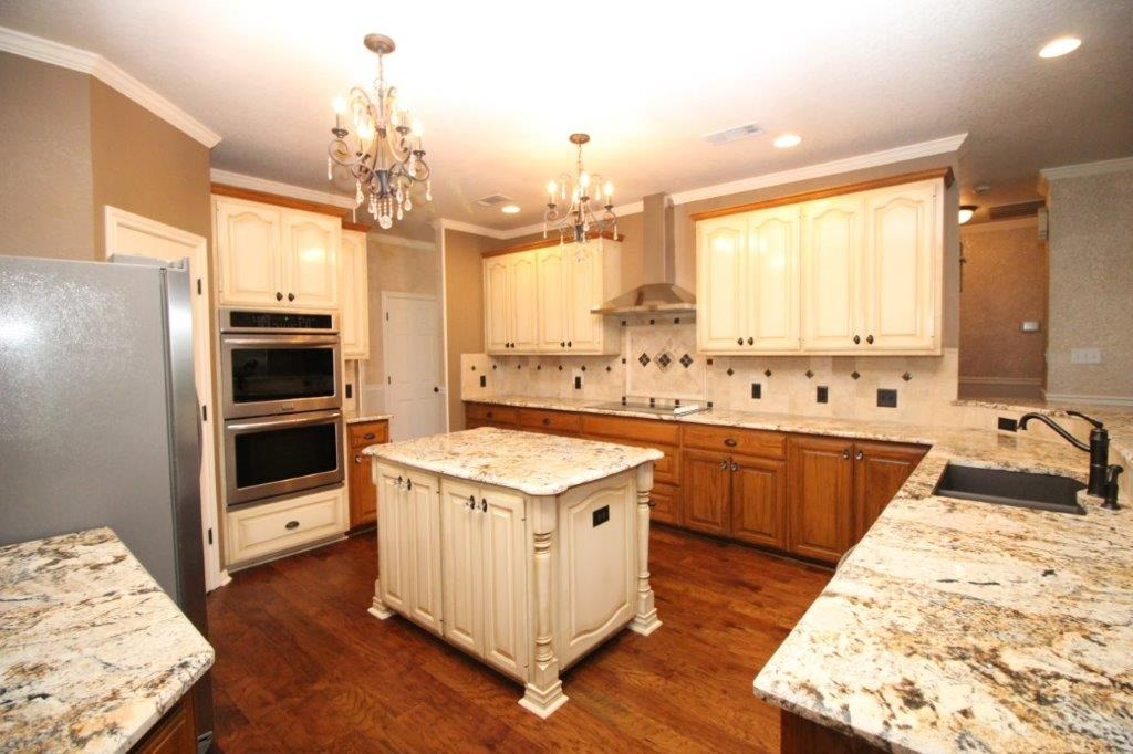 kitchen remodel countertops, cabinets with island