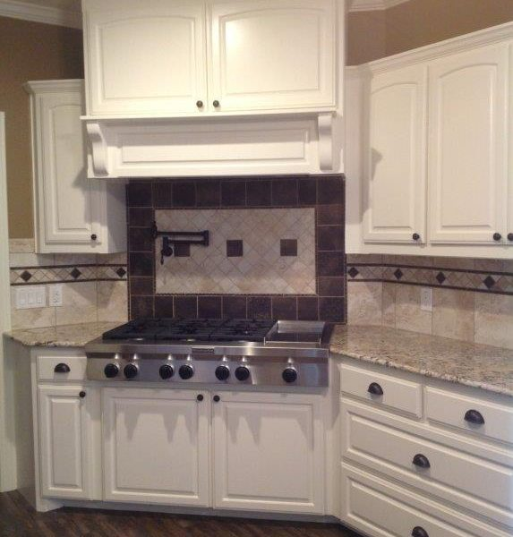 kitchen counter tops and cabinets